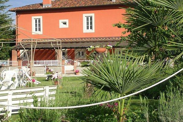 Casa Caminetto en Pescia - imágen 1