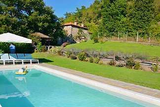 A large detached house surrounded by nature in Tuscany with private pool and garden