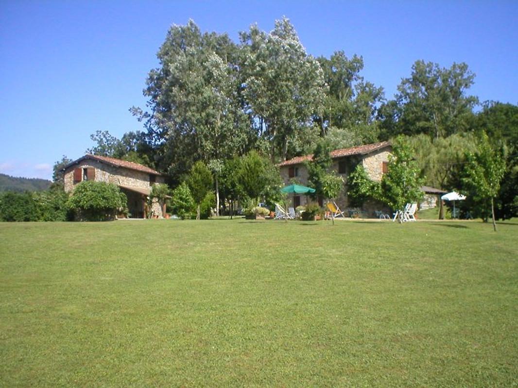 Casa eduardo ferienhaus in san romano mieten for Gartenpool 5m