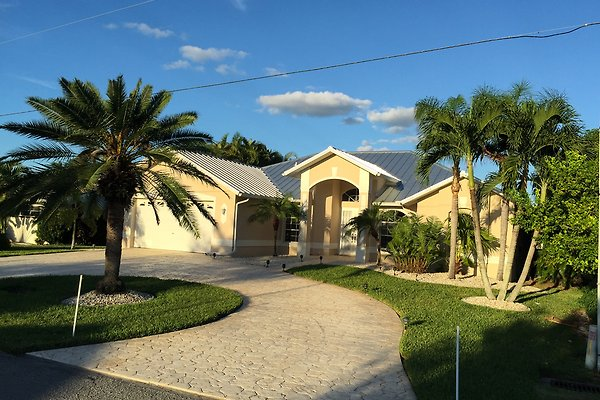 Villa Leonie  in Cape Coral - immagine 1