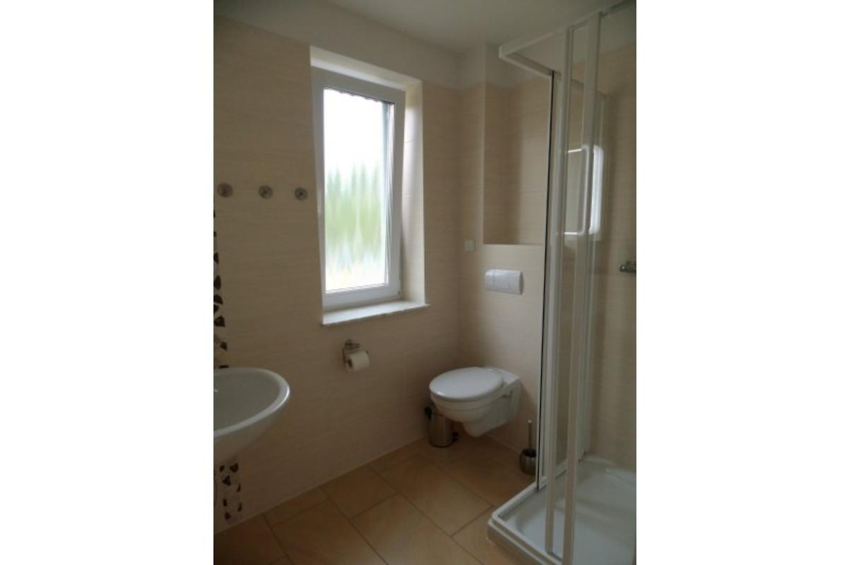 ferienhaus am see mit sauna maison de vacances krakow am see louer. Black Bedroom Furniture Sets. Home Design Ideas