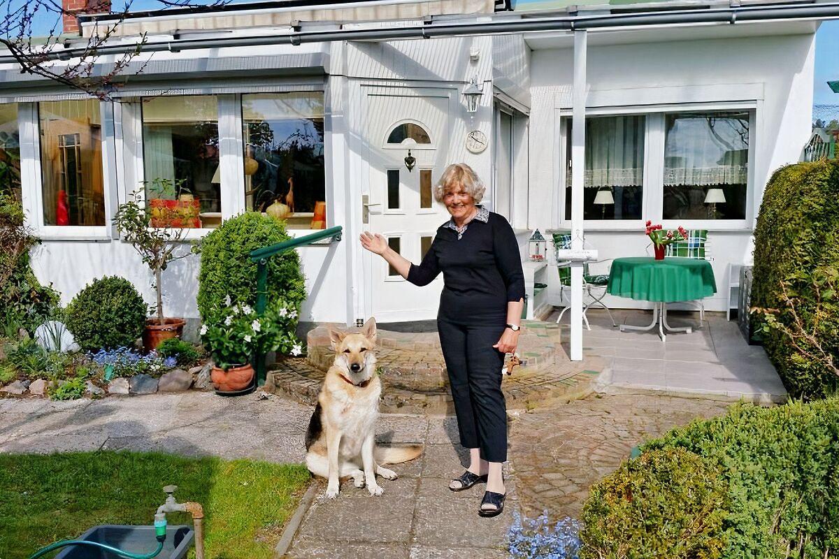 ferienhaus ferienhaus in brandenburg an der havel mieten. Black Bedroom Furniture Sets. Home Design Ideas
