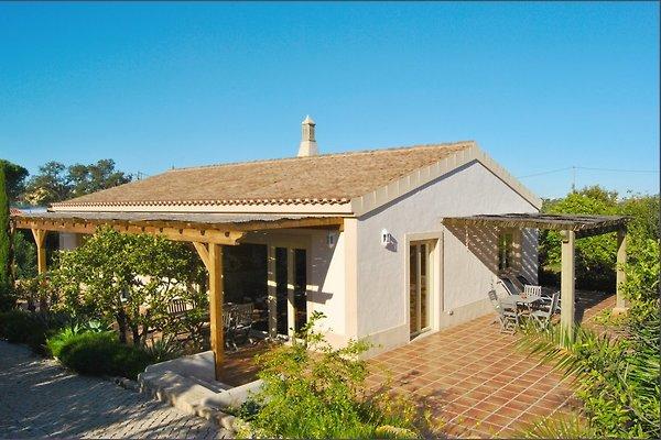 Casa Romanzeira in Luz - immagine 1