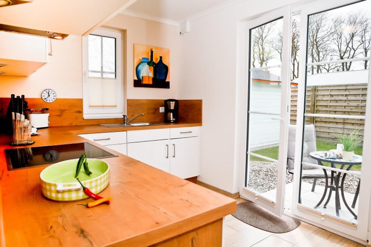 meerzeit unter reet ferienhaus in rerik mieten. Black Bedroom Furniture Sets. Home Design Ideas