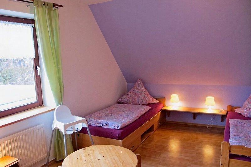 Schlafzimmer 3 Betten