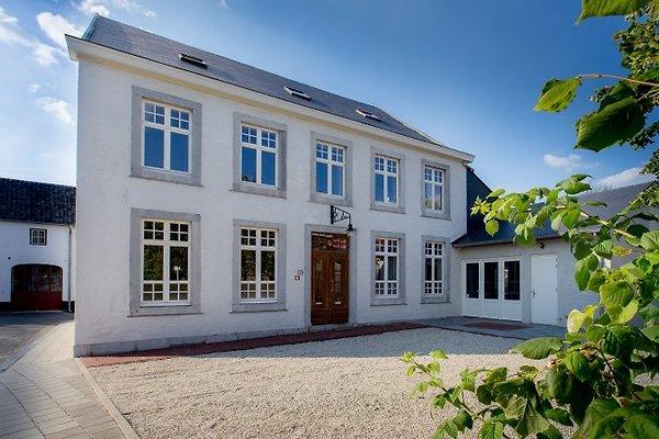 La Mairie (20-35 pers.) sehr luxus in Voeren - Bild 1