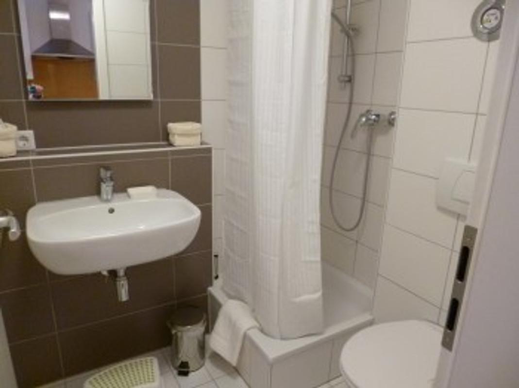 stadtapartment wilhelmstra e ferienwohnung in freiburg mieten. Black Bedroom Furniture Sets. Home Design Ideas