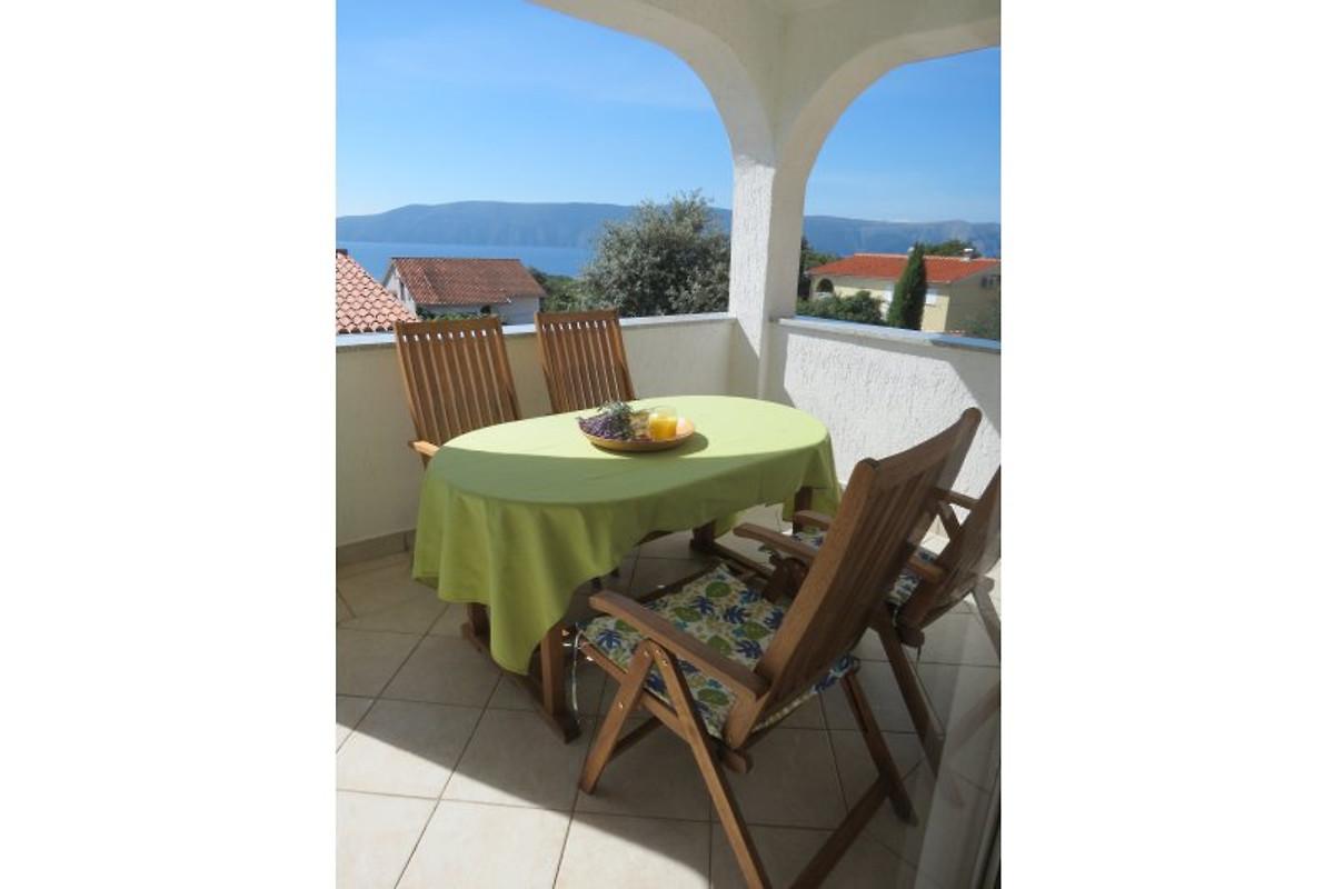 ferienwohnungen krk kroatien ferienwohnung in pinezici mieten. Black Bedroom Furniture Sets. Home Design Ideas
