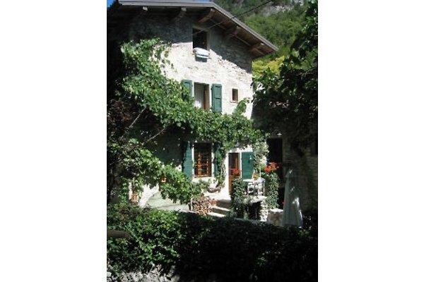 Cottage Rustico Brasa à Tremosine sul Garda - Image 1