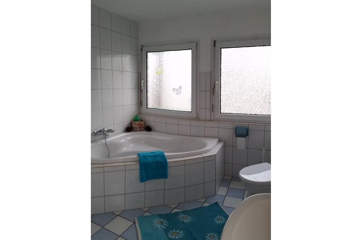 ferienhaus zentral und ruhig ferienhaus in halle saale mieten. Black Bedroom Furniture Sets. Home Design Ideas