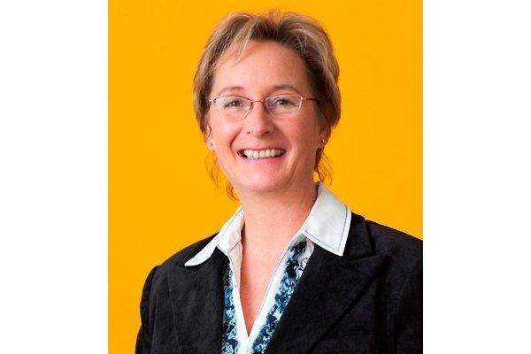 Frau B. Holfert