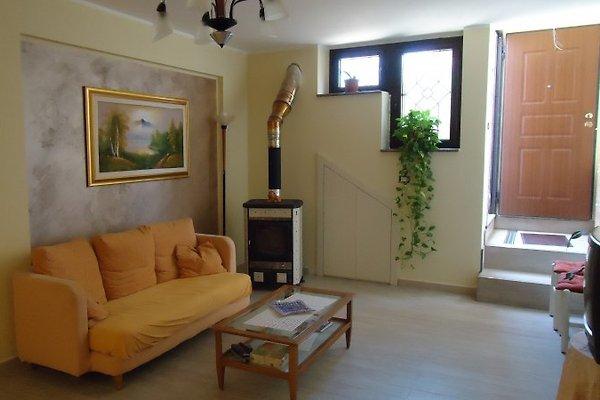 Lumineux appartement du sous-sol Rossano à Rossano - Image 1