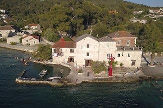 Stonehouse Tironi