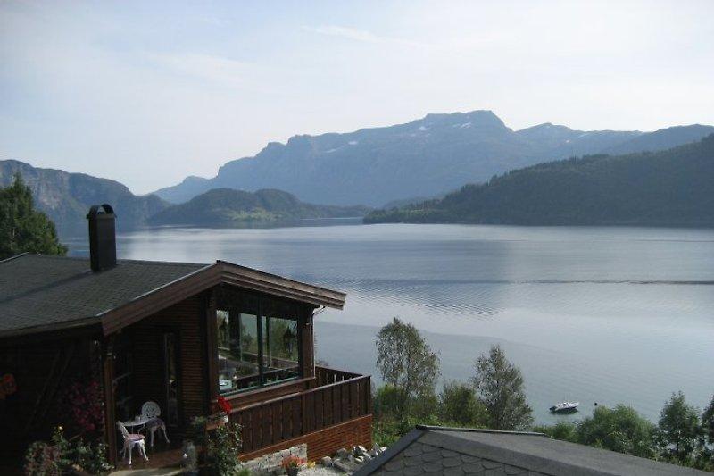 Aussicht über Førdefjord