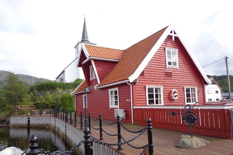 Ferienhaus mit eigenem Bootsanleger