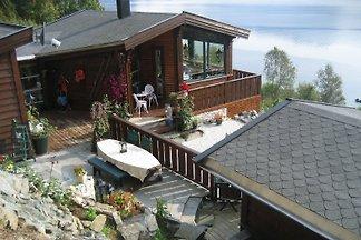 Ferienhaus am Førdefjorden
