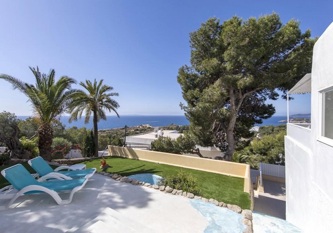 Ibiza ferienhaus ibiza vista casa vacanze in talamanca for Ibiza casa vacanze