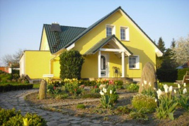 Urlaubshaus-Uckermark, Einfamilienhaus,Alleinlage mit 2000m²großen Garten