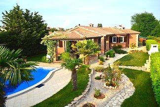 4 Sterren **** Villa La Bella Casa