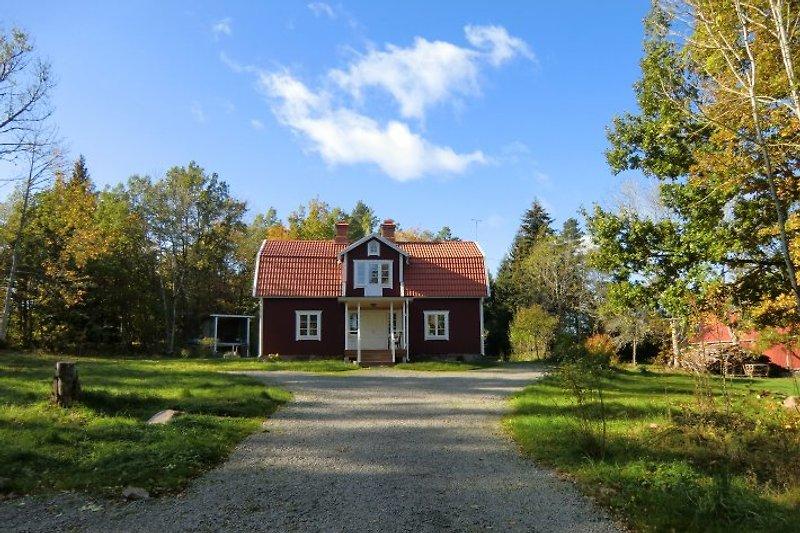 Ferienhaus Göshult in Alleinlage 400 m vom See