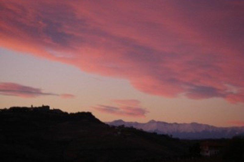 immer wieder wunderschöne Aussichten von der Terrasse Sonnenaufgang wie Sonnenuntergang