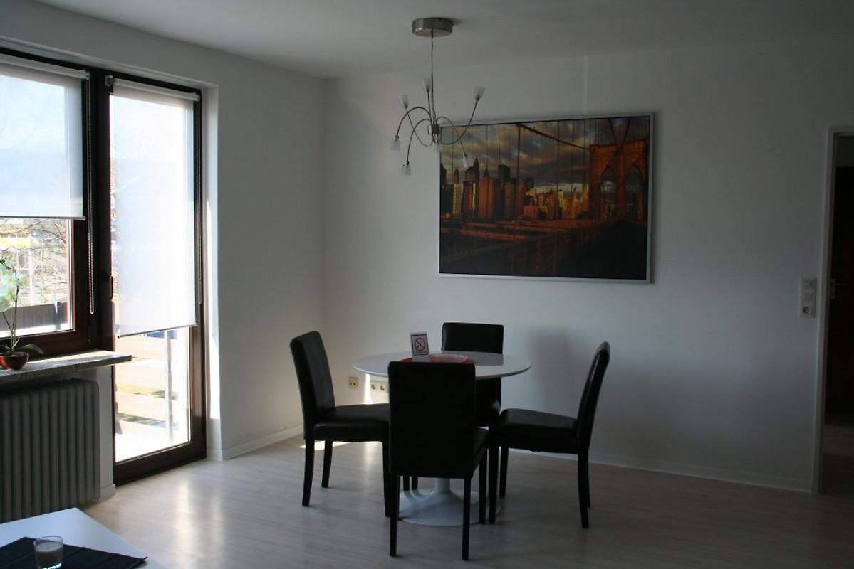 one step to new york ferienwohnung in bremerhaven mieten. Black Bedroom Furniture Sets. Home Design Ideas