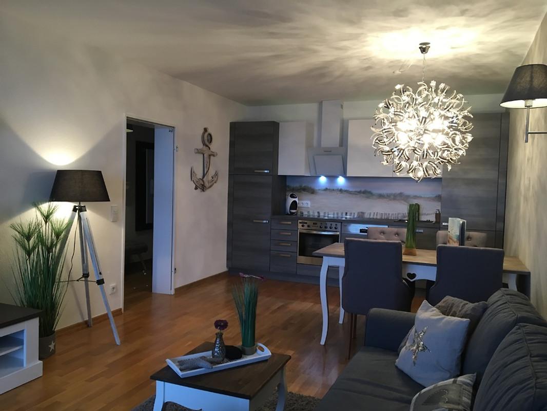 strandsuite 100 meerblick ab 3 9 ferienwohnung in scharbeutz mieten. Black Bedroom Furniture Sets. Home Design Ideas