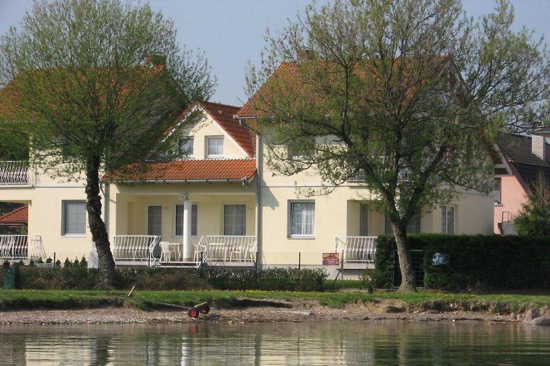 Villa Gabriella à la plage  à Balatonboglar - Image 2