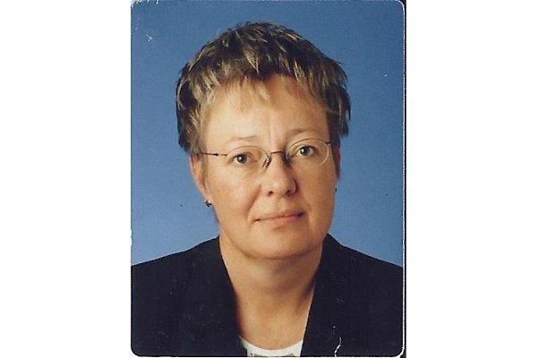 Frau D. Etzien