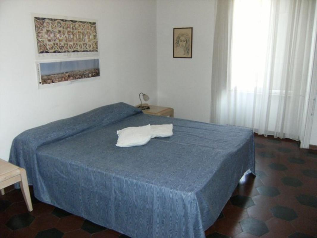 Appartment vespasiano ferienwohnung in rom mieten - Schlafzimmer rom ...