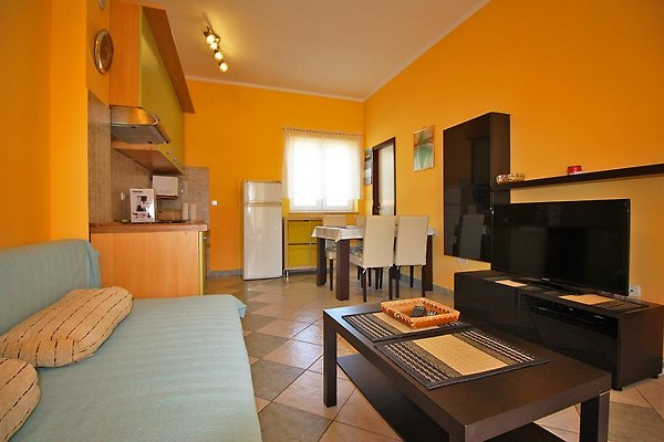 Suite n.19 (2 + 1) 400 m vom Strand en Fažana - imágen 1