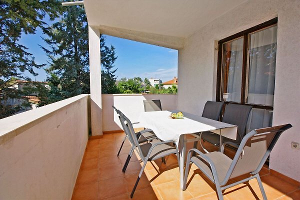 Apartamento N.8, (6 + 2) 60 m vom Kiesstrand en Fažana - imágen 1