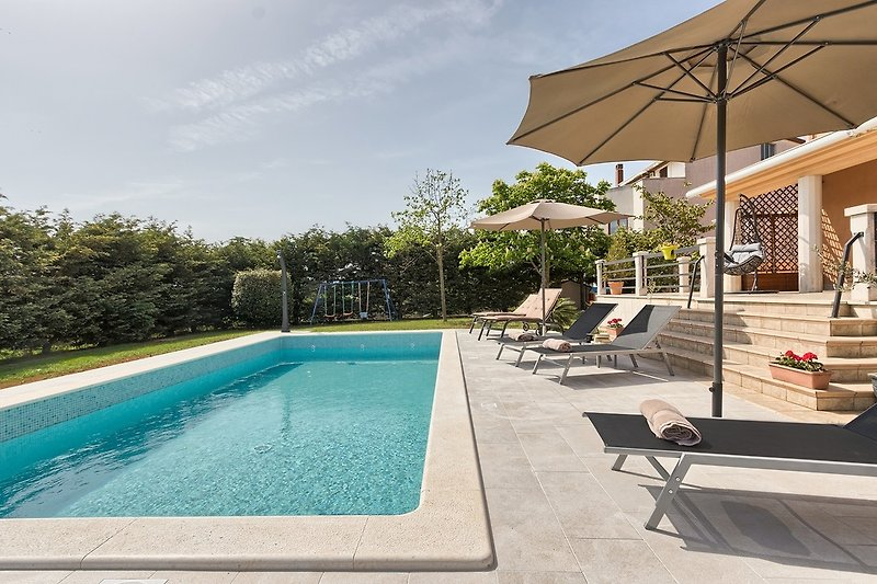 8 x 4 m privater Pool