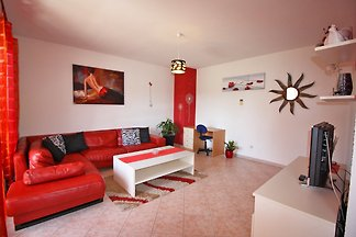 Apartamento N.1 (5 + 1) 150 m vom Kiesstrand