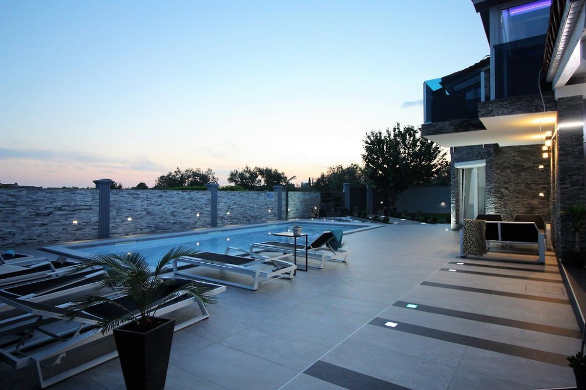 Apartment N 18 4 1 150 M Vom Strand Holiday Home In Fazana