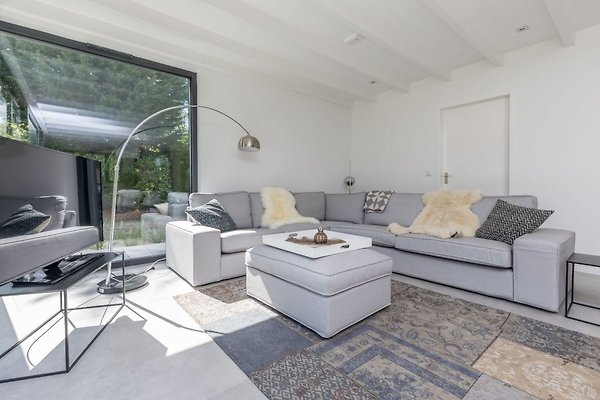 gone 2 the beach ferienhaus in renesse mieten. Black Bedroom Furniture Sets. Home Design Ideas