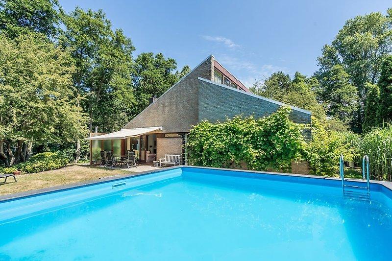 Das gemütliche Familienhaus mit einem beheizten Pool