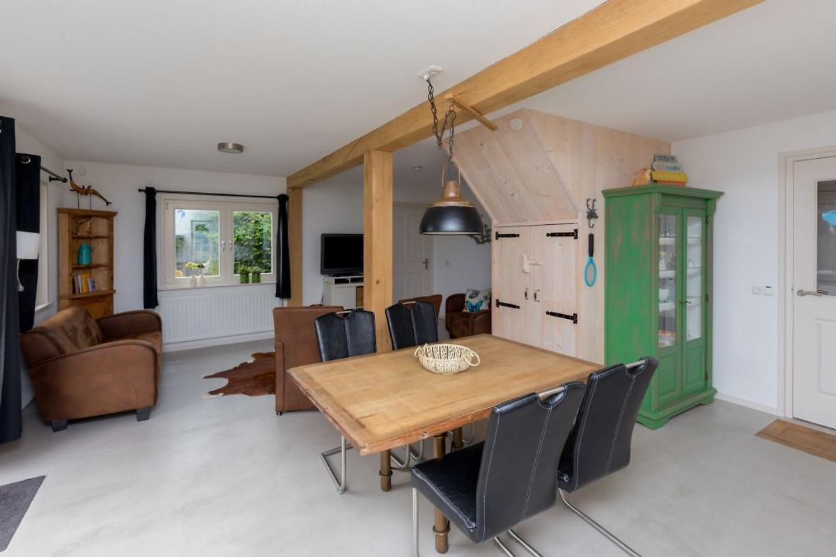 Horizon 58 ferienhaus in renesse mieten for Eingerichtete wohnzimmer