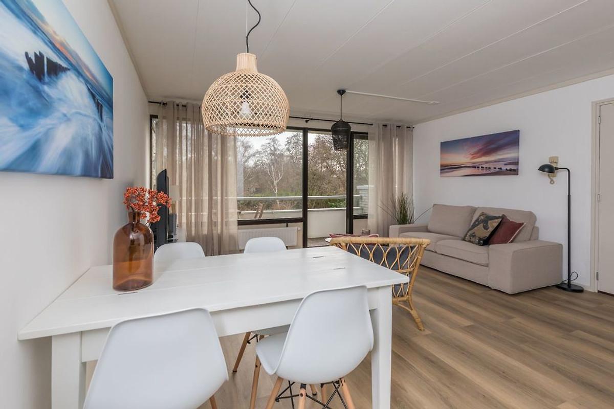 Westerlicht ferienwohnung in nieuw haamstede mieten - Eingerichtete wohnzimmer ...