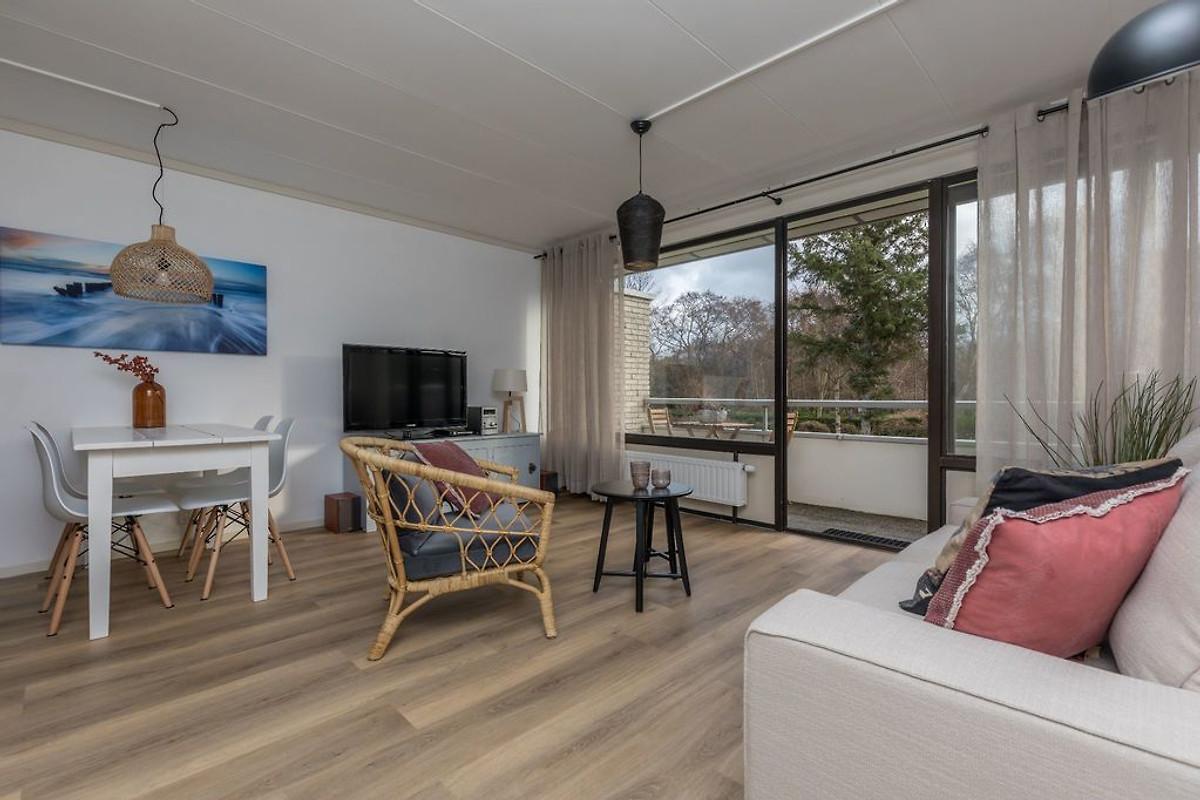 westerlicht ferienwohnung in nieuw haamstede mieten. Black Bedroom Furniture Sets. Home Design Ideas