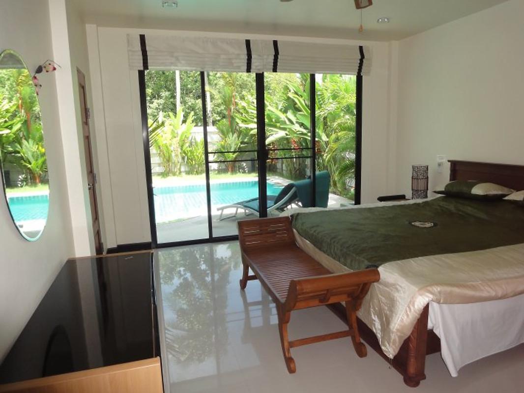 rawai luxury villas phuket ferienhaus in phuket mieten. Black Bedroom Furniture Sets. Home Design Ideas