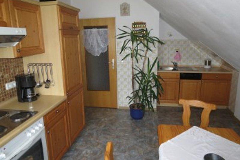 gemütliche Küche auch in der Dachwohnung