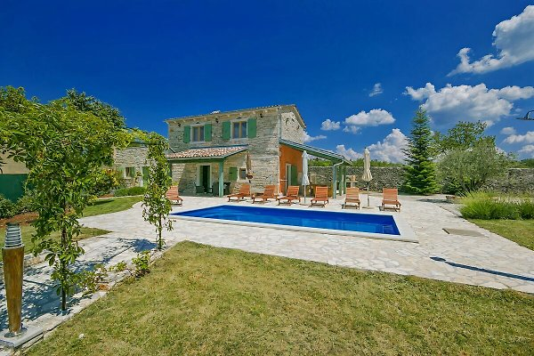 Villa Zora à Banki - Image 1
