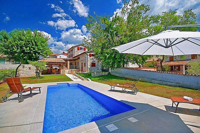 Casa Nono Nino mit Pool