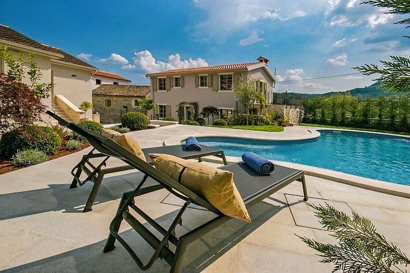 Villa Zita mit Pool