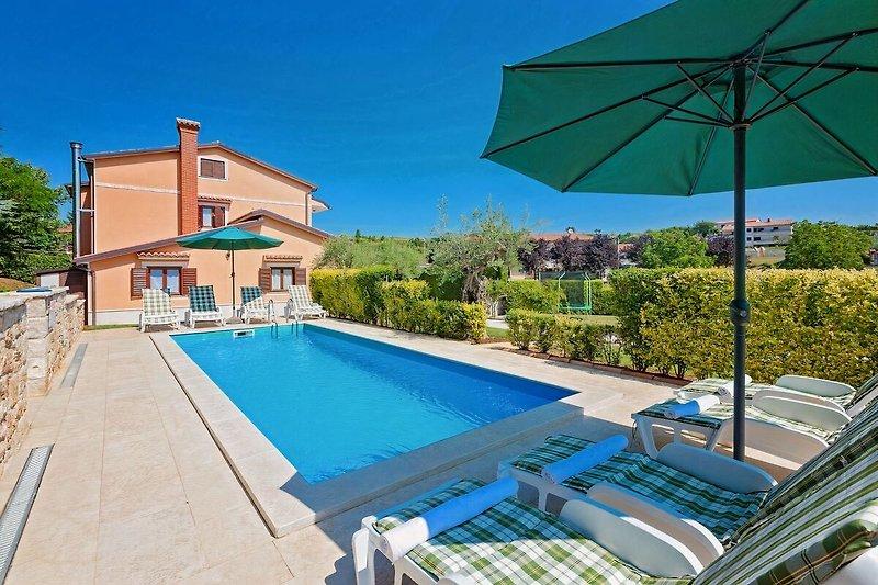 Ferienhaus Parenzana mit Pool
