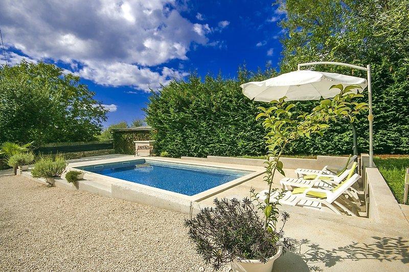 Casa Fragola mit Pool