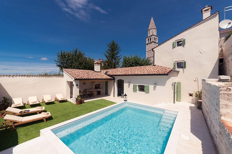 Villa Santina with swimming pool