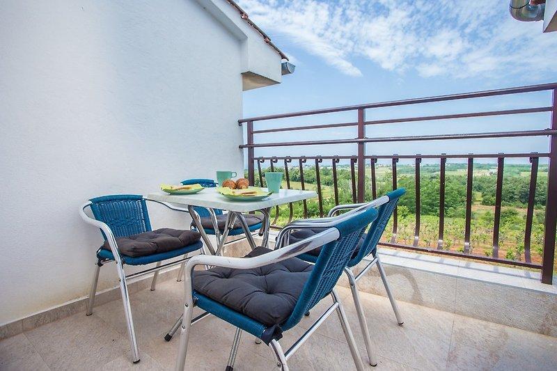 Terrasse mit Kaffeetisch