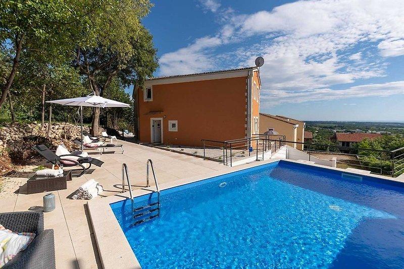 Casa Mare mit Pool